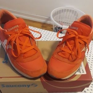 🦊PreOwned Saucony Jazz Sneakers 🦊